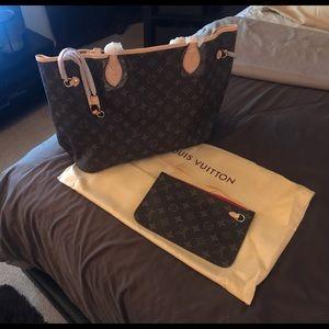 Brand new Women's Louis Vuitton Hand bag